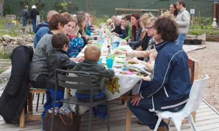 Zomerse pop-up lunch in de Zeeheldentuin groot succes
