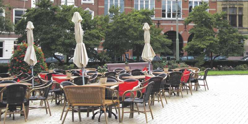 Terassen terreur op het Prins Hendrikplein in Den Haag