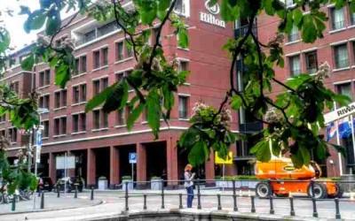 Hilton The Hague in actie voor de Voedselbank