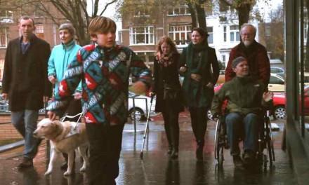 Onbeperkt genieten op de Haagse stranden voor Zeehelden met een beperking