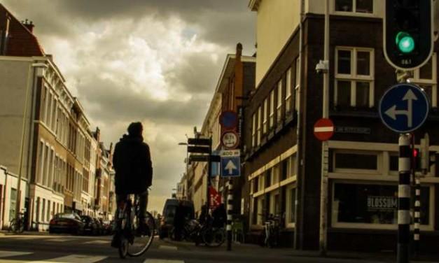 Straatverhalen: Volg de lijnen