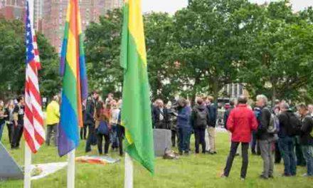 Internationaal Homomonument Den Haag:  Herdenkingsbijeenkomst Orlando