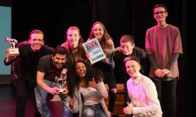 's Gravendreef College wint 5de editie RAB'S middelbare scholierenfestival in Theater Merlijn