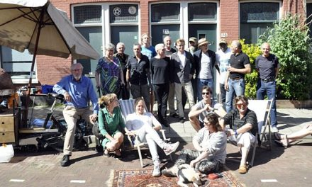 Bewoners van de Roggeveenstraat kopen hun eigen straat