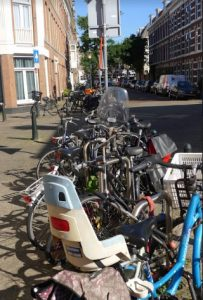 too much bikes in the Zeeheldenkwartier